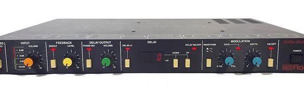 Roland SDE-2000 Digital Delay (used)