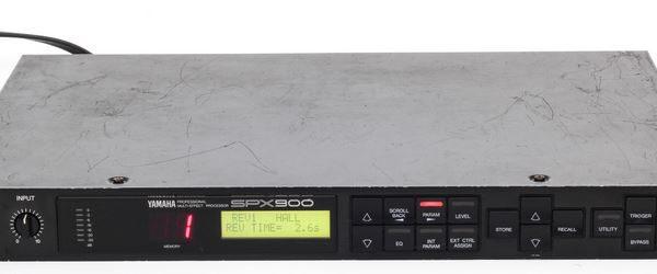 Yamaha SPX-900 Multi-Effect Processor (used)